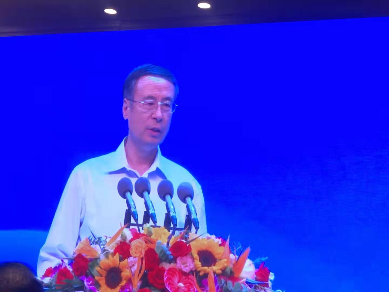 中国侨联主席万立骏出席活动并致辞.jpg